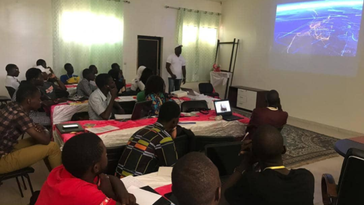 Empowering University Students' Program: Senegal Flying Labs trained 35 Engineering Students of the Public University of Bambey
